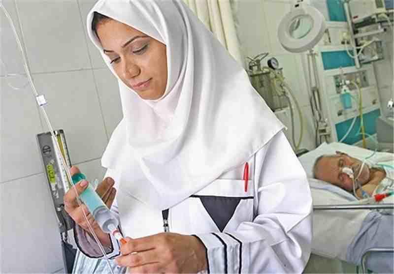 مطالبه پرستاران با خدمت مطلوب و باکیفیت به بیماران محقق میشود